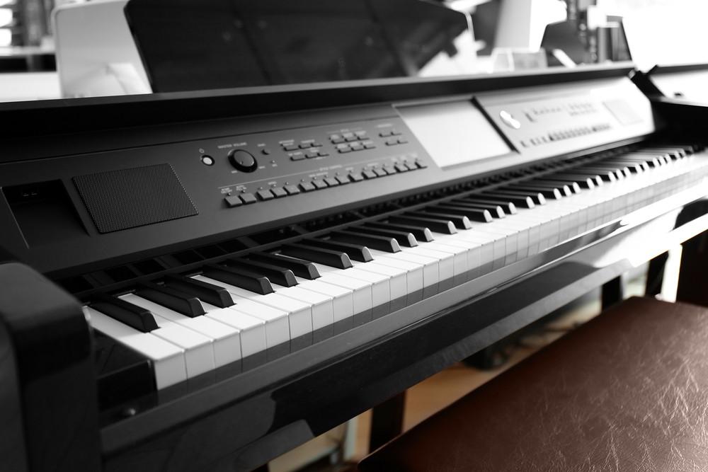 Ultimate Digital Piano Buying Guide - MusicGearGirl.com